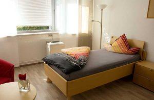Schlaflabor mit Bett